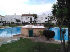 Hotel photo: Alojamiento con piscina para grandes grupos