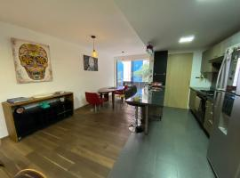 Hotel photo: REFORMA/ANGEL : By the park, very nicely decorated 2BR apartment