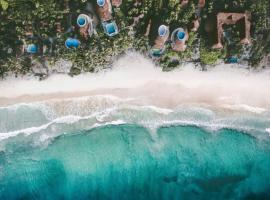 Hotel photo: Papaya Playa Project