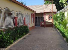 Hotel foto: Brikama's Kairaba Guesthouse