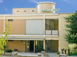 Hotel Photo: Albergo Nyers