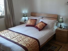 Hotel near Могодичане