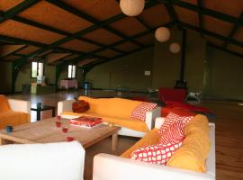 Hotel photo: Albergue Castillo de Layos
