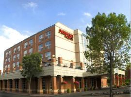 Hotel photo: Norwood Hotel