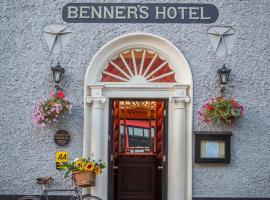 Hotel Photo: Dingle Benners Hotel