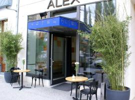 A picture of the hotel: Alex Hotel