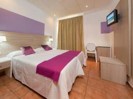 Hotel photo: Hostal Adelino