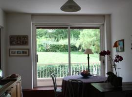 A picture of the hotel: Appartement Perrache /Debrousse
