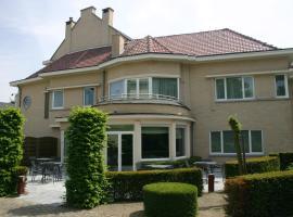 Hotel near Дендермонде