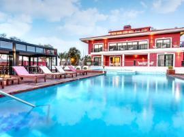 Hotel photo: Bloom Alacati