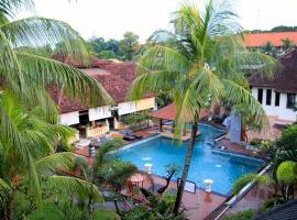 Fotos de Hotel: Bakung Beach Resort