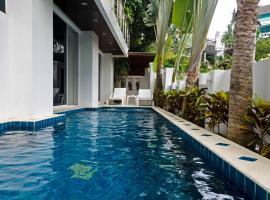 Hotel photo: The 4 bedroom White Villa Patong