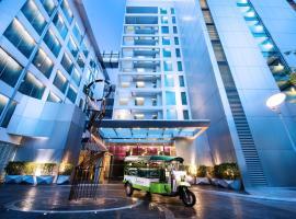Hotel photo: Radisson Suites Bangkok Sukhumvit