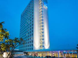A picture of the hotel: Novotel Tangerang