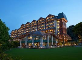 Hotel photo: Resorts World Sentosa - Equarius Hotel