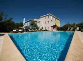 Hotel Photo: Hotel Manora
