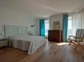 Hotel Photo: B&B Tre Finestre sul Mare