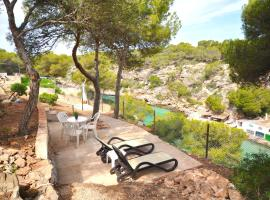 Hotel photo: Houm Villa Cala Pi