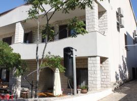 מלון צילום: Apartments Lucija-Klara