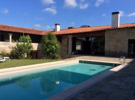 A picture of the hotel: Hotel Rural Alves - Casa Alves Torneiros