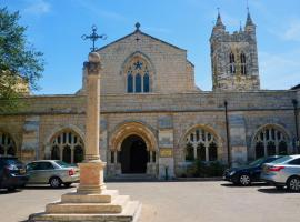 Hotel photo: St. George's Cathedral Pilgrim Guesthouse – Jerusalem