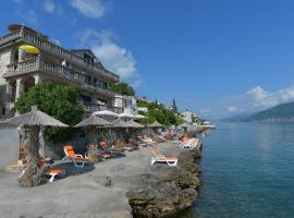 A picture of the hotel: Apartments Palace Mira Mare