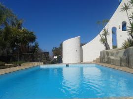 Hotel Photo: Residencial Casabela