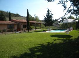 Hotel Photo: Podere Assolatina Agriturismo