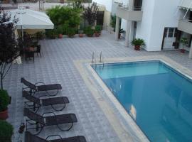 Hotel photo: Αi Pigai Hotel
