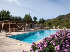 Hotel Photo: Hacienda Ses Caletes