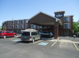 Hotel photo: TownHouse Extended Stay Hotel Downtown