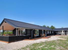 Hotel Photo: Holiday home Lyngvejen G- 2827