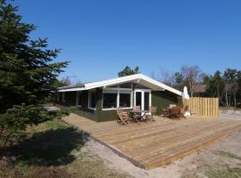Hotel photo: Holiday home Poserevænget F- 3562