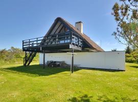 Hotel photo: Holiday home Ravnebakken E- 3665