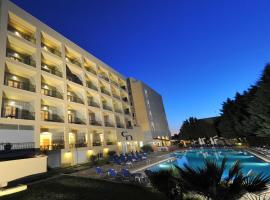 Hotel Photo: CNic Hellinis Hotel