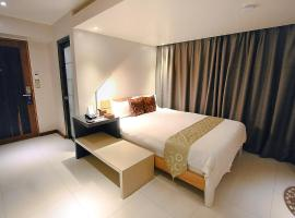 Hotel photo: The Suez Serviced Studios Makati