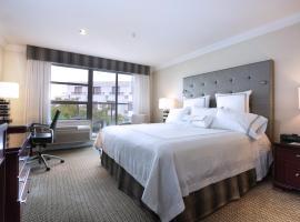 Hotel photo: Granville Island Hotel
