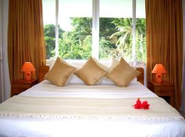 Hotel photo: La Gayole