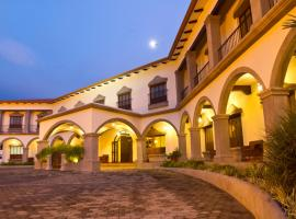 A picture of the hotel: Hotel Los Portales