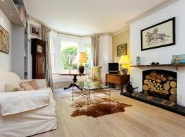 Hotel Photo: Veeve - House Battersea Park