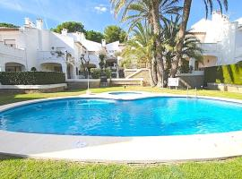 Hotel Photo: Pino Alto Holiday Homes Playa