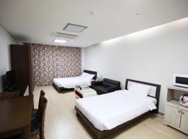 Gambaran Hotel: Stay & Home Residence Suite