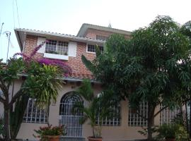 A picture of the hotel: Casa Celia