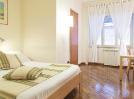 Hotel photo: Residence Chiatamone 53