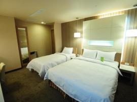 Hotel near Гаосюн