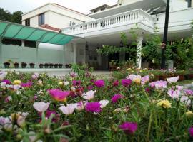 Hotel photo: Suphan Gurney Homestay
