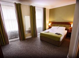 Hotel near Marea Britanie
