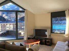 Hotel photo: Apartaments Fragata