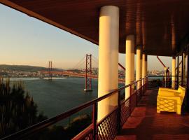 Hotel photo: HI Almada - Pousada de Juventude
