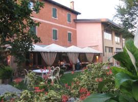 Hotel near 西西里岛